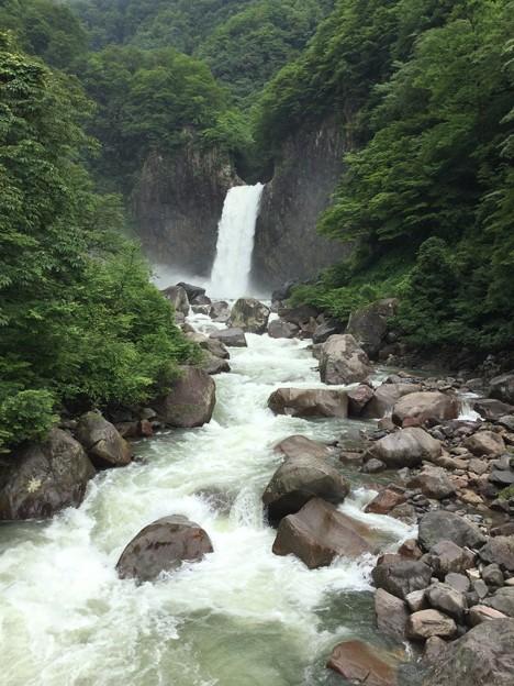 1702-苗名滝2