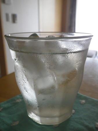 梅シロップ炭酸水割2