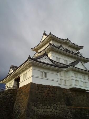 冬の雲、小田原城。