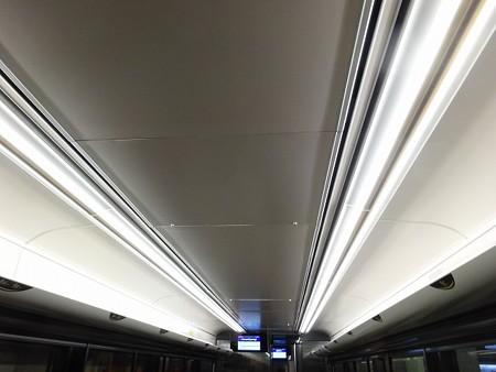 80P-天井