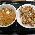 Photos: なか卯 カツ丼+から揚げ
