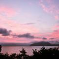 写真: 十和田湖の夜明け