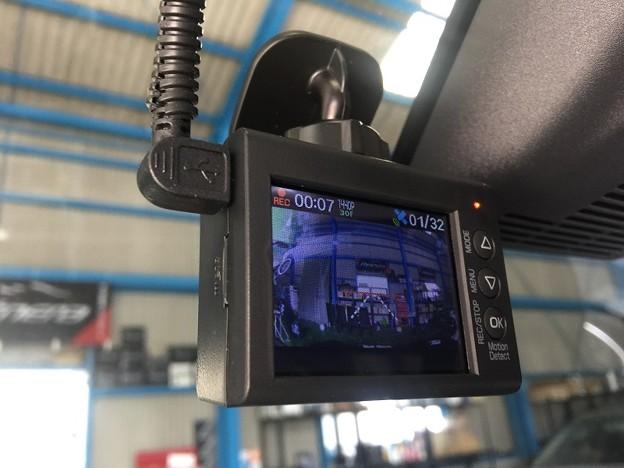 ダイハツキャスト ドライブレコーダー 取り付け DRY-ST7000d ユピテル