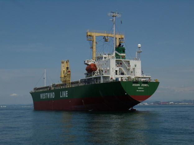 錨地のCargo ship - ASIAN JEWEL