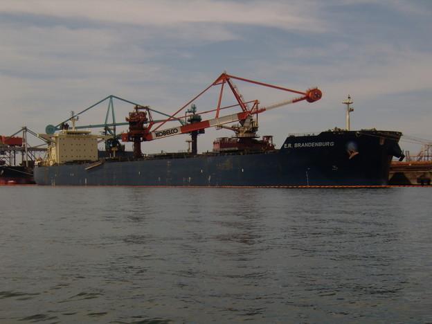 写真: Bulk carrier - E.R. BRANDENBURG