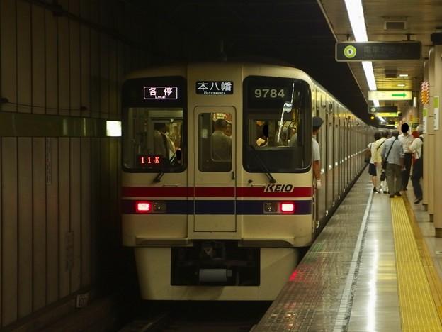 都営新宿線小川町駅4番線 京王9734F各停本八幡行き前方確認
