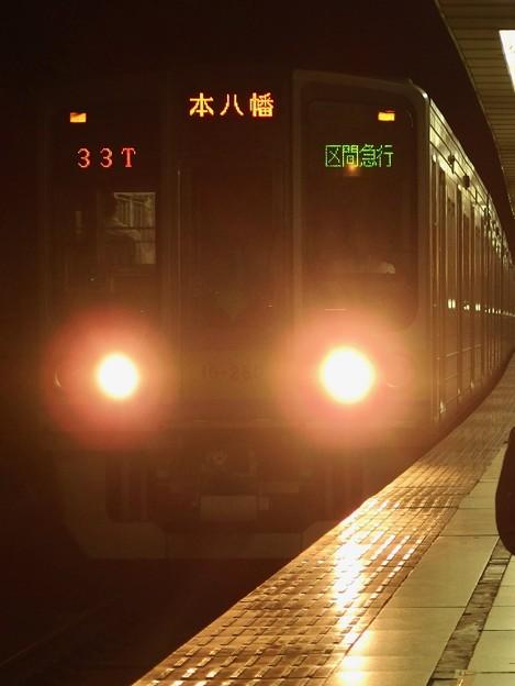 京王新線初台駅2番線 都営10-280F区急本八幡行き進入
