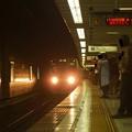 Photos: 京王新線初台駅2番線 都営10-280F区急本八幡行き進入(2)