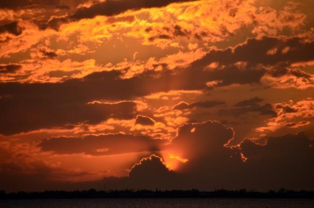写真: The Sunset III 9-23-17