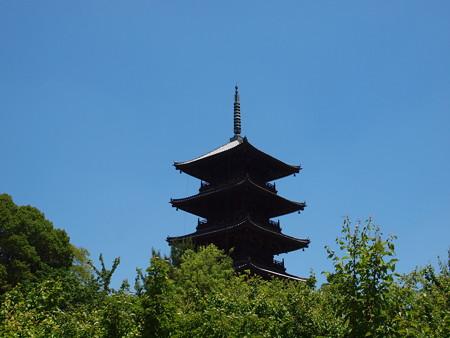 新緑の備中国分寺五重塔