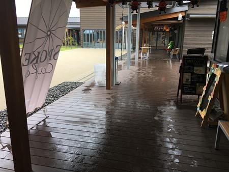 施術者からみた景色その2(前半は雨雨でしたわ)