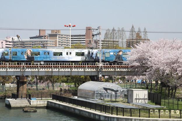 大阪環状線 201系 ハリーポッターラッピング