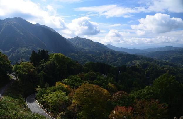 写真: 伝説の谷 大望峠より