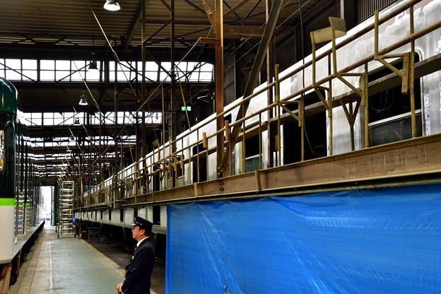 2017_1015_111612 更新工事中の6000系電車