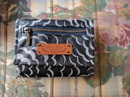 リバティ パフでキーケースつき折財布