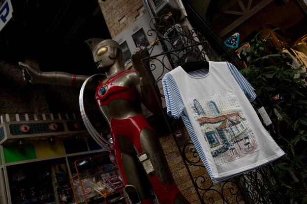 エースとTシャツ
