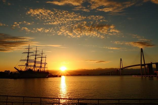 今日の1枚>海王丸パークの夜明け IMG_5993