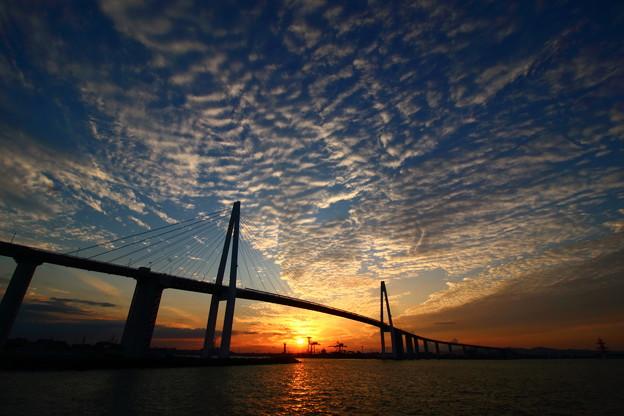 新湊大橋の空 2017・11・03 IMG_7749