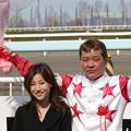写真: 山本 正彦 騎手1500勝達成セレモニー_6(06/05/03・旭川競馬場)