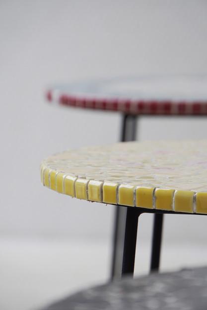 写真: モザイク・テーブル