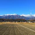 Photos: 雪化粧した中央アルプスの山並み