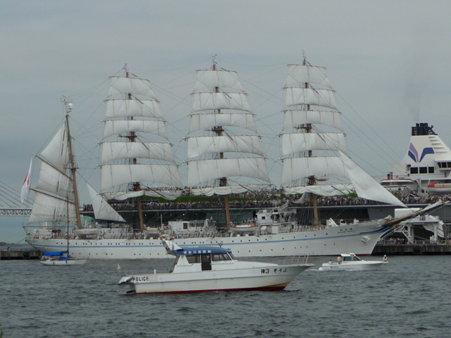 090720-大桟橋 総帆展帆 (41)