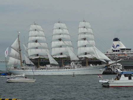 090720-大桟橋 総帆展帆 (43)