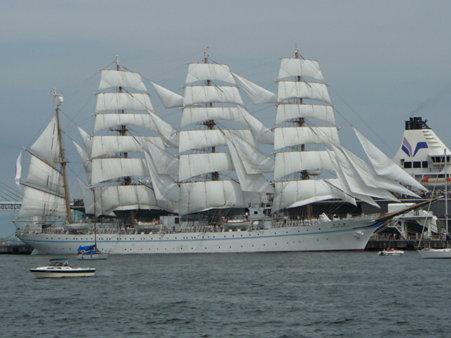 090720-大桟橋 総帆展帆 (53)