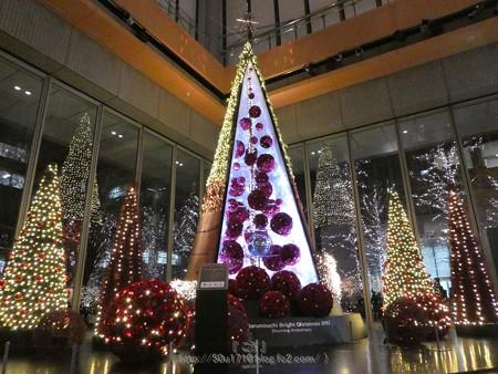 171216-クリスマスツリー 丸ビル (2)
