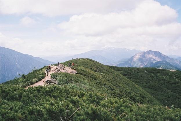 遠くに焼岳 フィルムカメラ