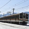 写真: 上越線普通列車 729M (211系)
