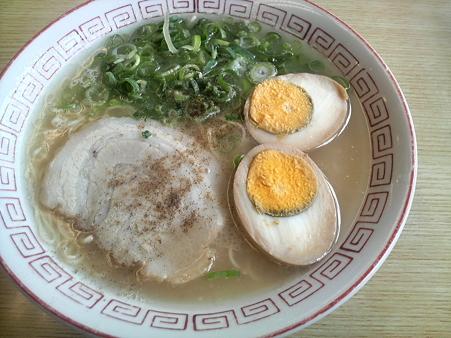 まんまるラーメン煮卵付き