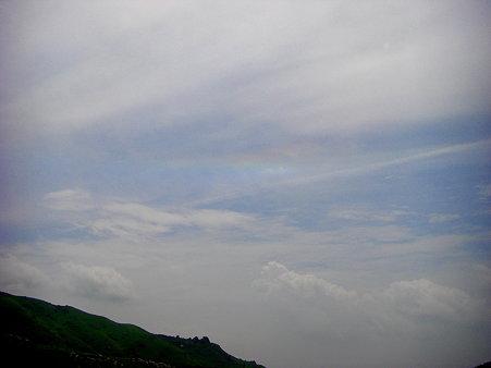 見えにくいけど彩雲をまた見れた