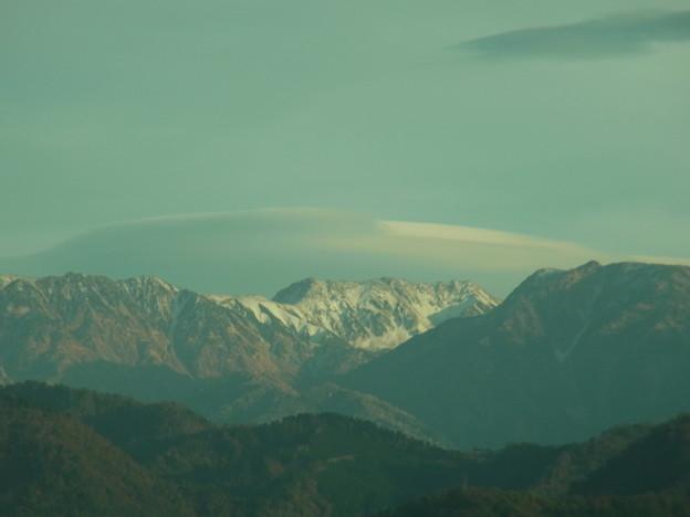 立山連峰と傘雲