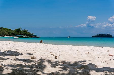 砂浜はゴミがいっぱい
