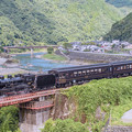 写真: river side (steam locomotive)