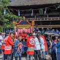 茅葺(かやぶき)の楼門