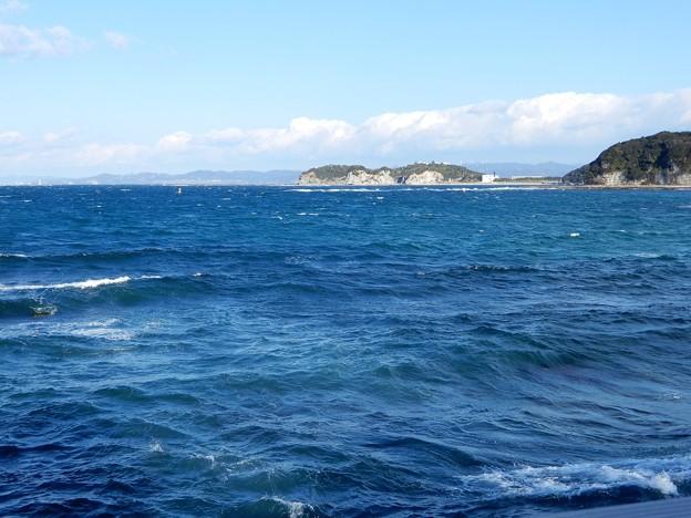 牟婁の湯付近から白良浜を望む
