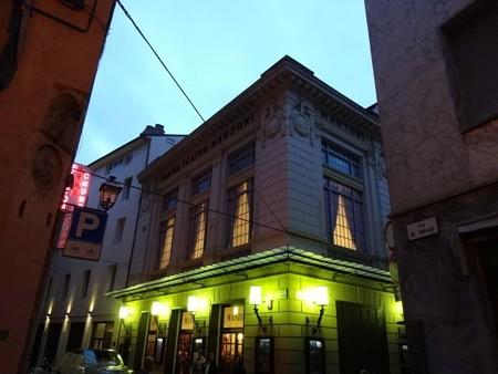 マンツォーニ劇場