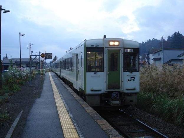 戸狩野沢温泉行き普通列車(北飯山駅)