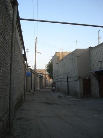 ブハラ旧市街の路地