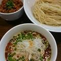 麺.SUZUKi ピリ辛冷しゃぶつけ麺