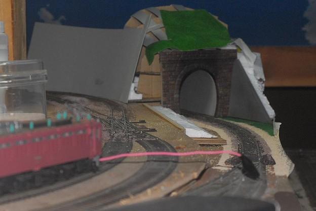 トンネルと切り通し