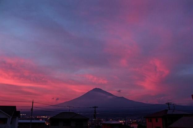 7月5日富士宮市からの夕方富士山~ 一焼け、二焼けと凄かったですね(^ ^)