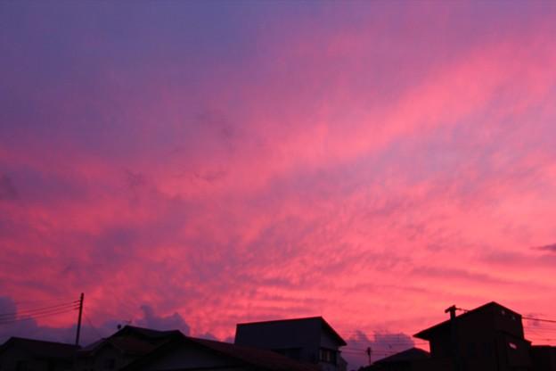 9月24日富士宮市からの夕焼け~富士山は見えませんでしたが、夕焼けは綺麗でした(^ ^)