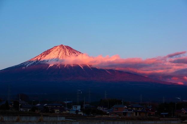 12月6日富士宮からの夕方富士山~ 綺麗でした(^ ^)
