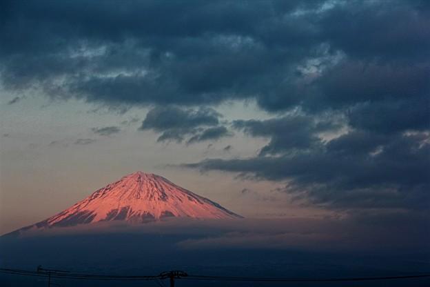 1月20日富士宮からの夕方富士山~ 雲とイイ感じでした(^ ^)