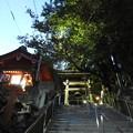 高塚愛宕地蔵尊 鐘堂(夜)
