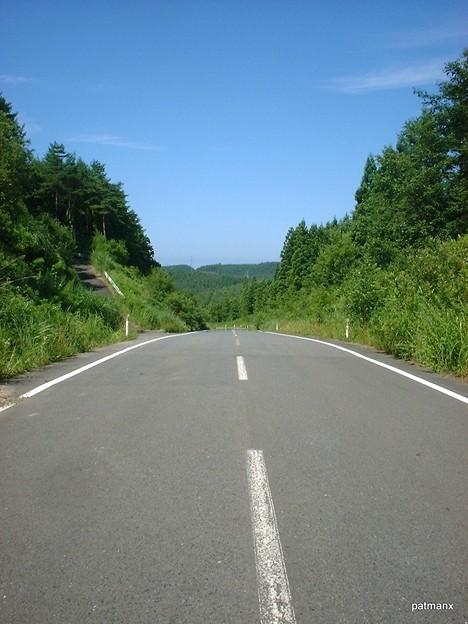 【北部上北広域農道】県道246号線を越えると小刻みなアップダウンが連続する