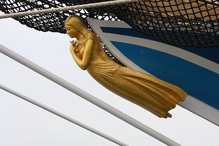 2009.07.20 みなとみらい 海王丸・船首像「紺青」
